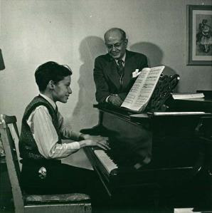 Glenn_Gould_and_Alberto_Guerrero